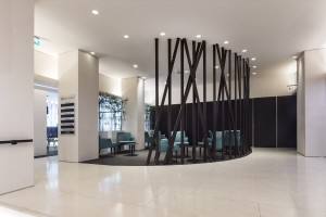 <strong>HOTEL MANIN &#8211; HALL e RISTORANTE<span><b>in</b>Commerciali </strong><i>&rarr;</i>