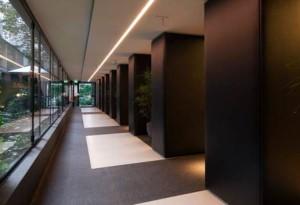 Intervento-ristrutturazione-hotel-Manin-Milano-corridoio-su gaa.it