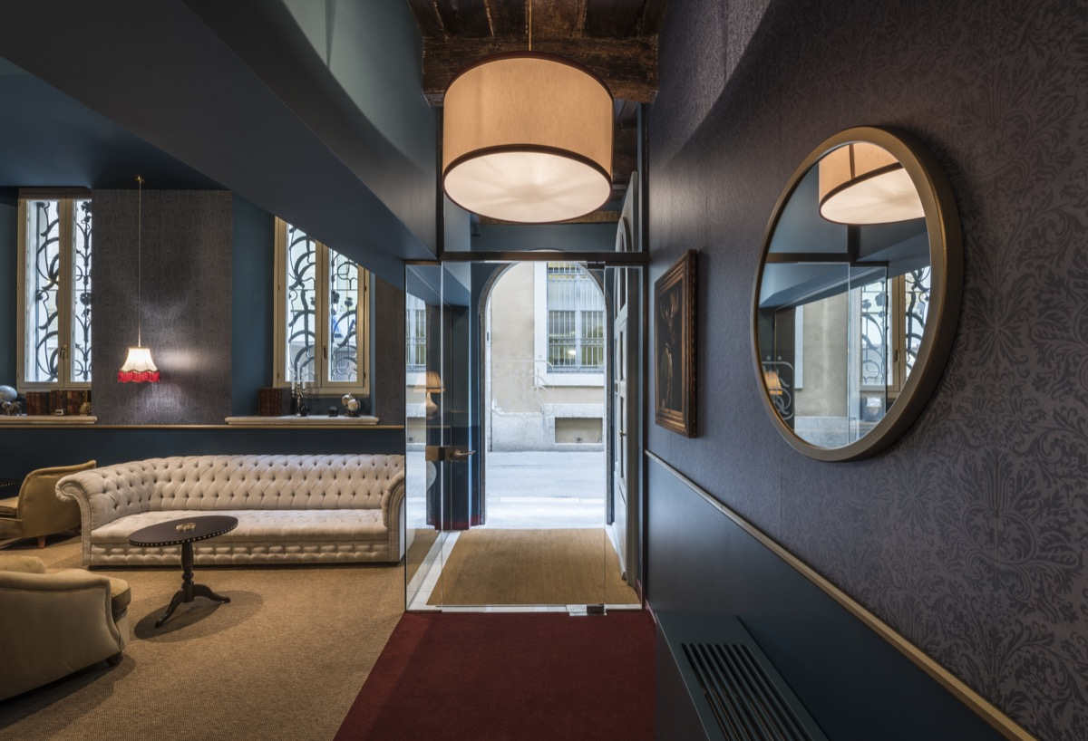 <strong>CLERICI BOUTIQUE HOTEL – COMMON AREA<span><b>view larger</b></span></strong><i>→</i>