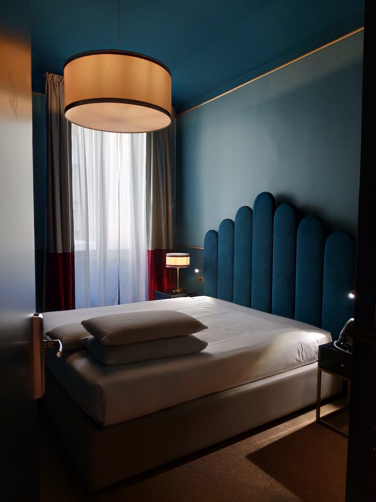 <strong>CLERICI BOUTIQUE HOTEL<span><b>view larger</b></span></strong><i>&rarr;</i>