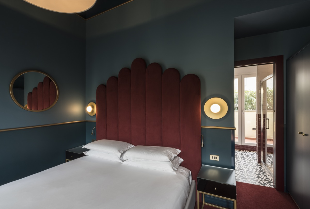 <strong>CLERICI BOUTIQUE HOTEL- GUEST ROOMS<span><b>view larger</b></span></strong><i>→</i>