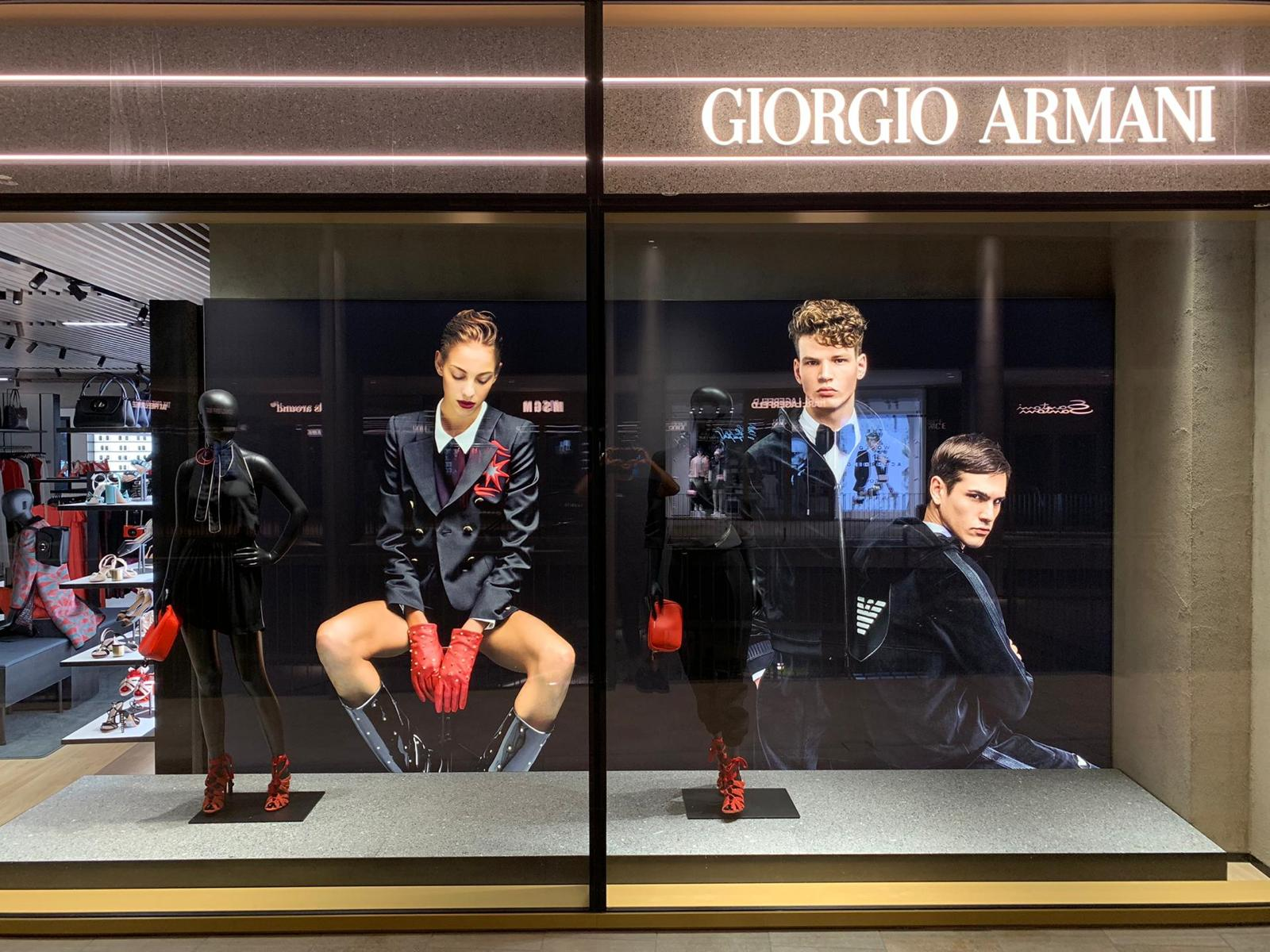 <strong>GIORGIO ARMANI OUTLET – THE MALL SANREMO<span><b>view larger</b></span></strong><i>→</i>